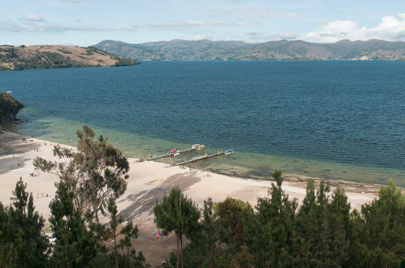 Playa Blanca ; Lago de Tota